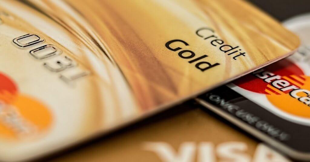 クレジットカードは一括払いで